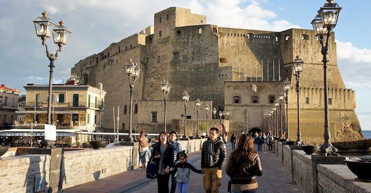 Castillo Dell'Ovo, en Nápoles, desde donde podrás tomar unas buenas vistas de la ciudad. Andrea Tosatto (Flickr)