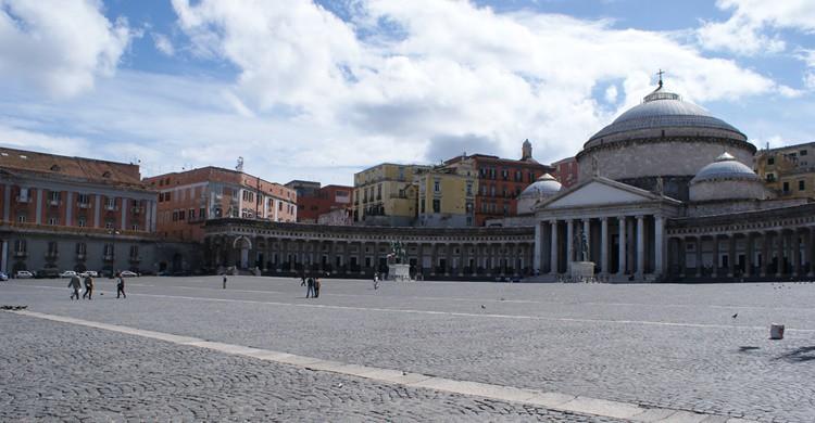 Plaza del Plebiscito en Nápoles. Norberto Chavez-Tapia (Flickr)