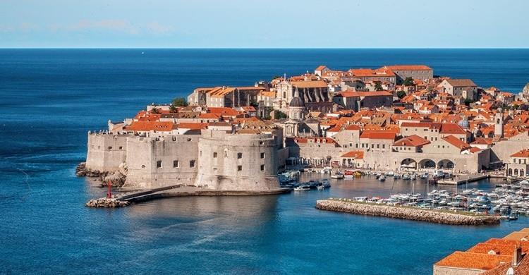 Vista de Dubrovnik con su muralla en primer término. Ivan Ivankovic (Flickr)