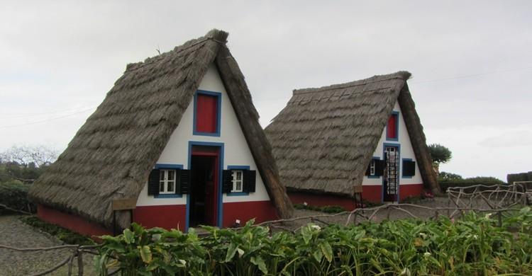 Casas de Santana. Stephen Colebourne (Flickr)