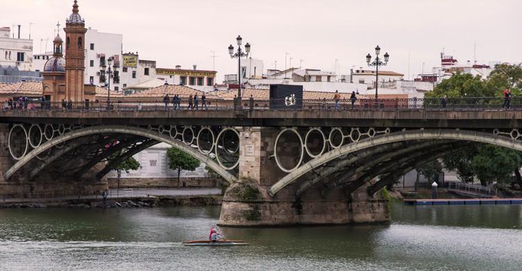 Puente de Triana (iStock)