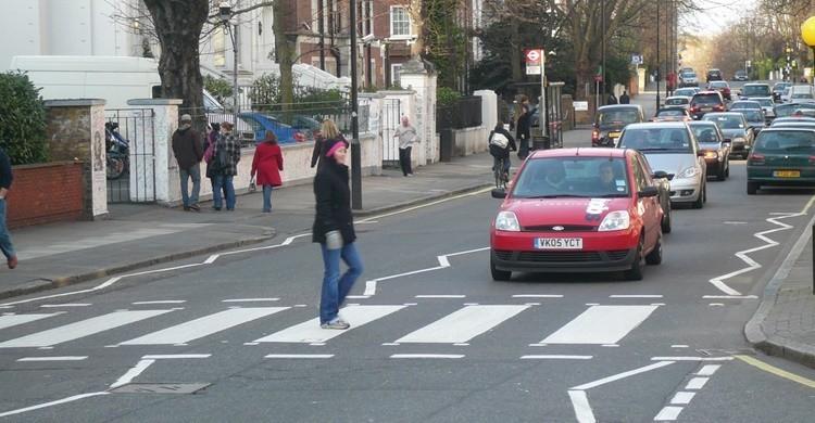 Imagen del famoso paso de peatones de Abbey Road. James (Flickr)