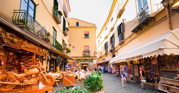 Calle comercial de Sorrento (iStock)