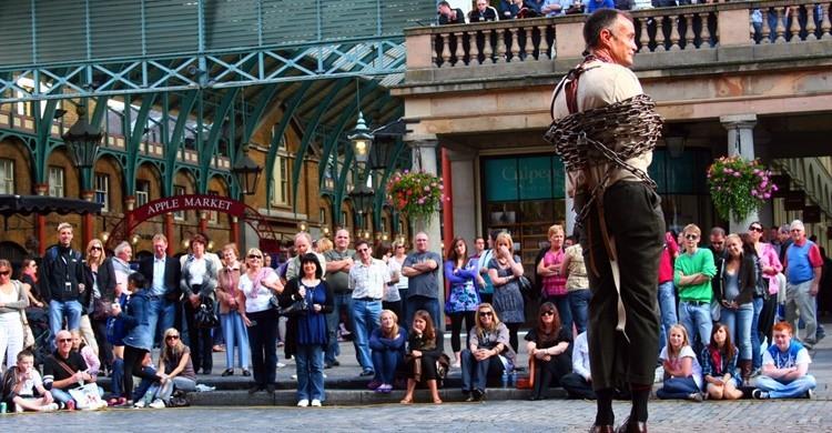 Espectáculo callejero en Covent Garden. anthony Kelly (Flickr)
