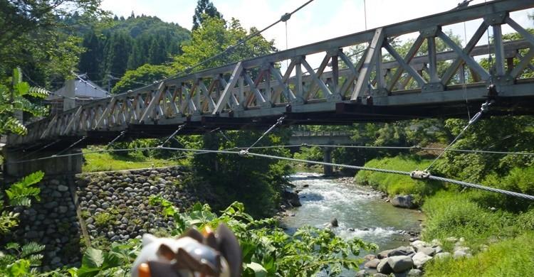 Puente de madera en Hakuba. Kasadera (Flickr)
