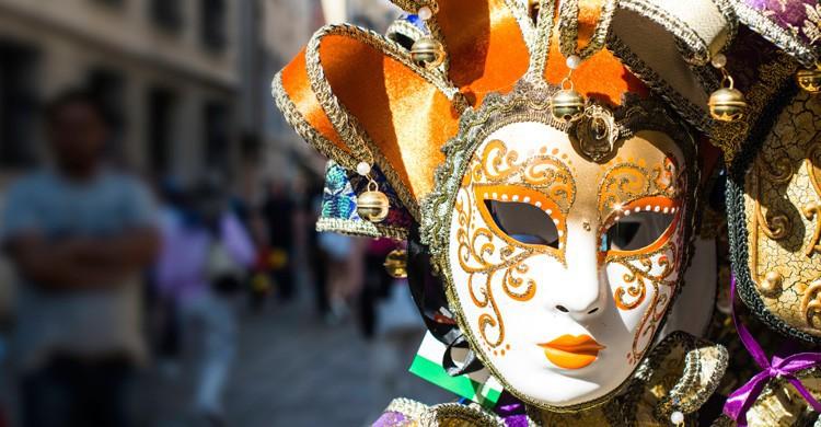 Una de las máscaras características del Carnaval de Venecia (iStock)