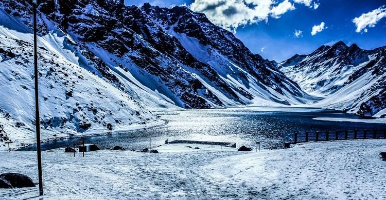 La laguna del Inca, en Portillo, uno de los lugares más mágicos junto a Santiago de Chile. Brian Aarón (Flickr)