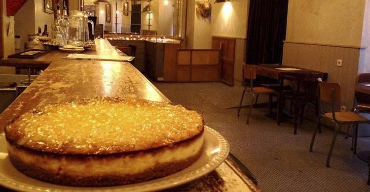 Cheesecake de piñacolada (Facebook Martinez Bar)