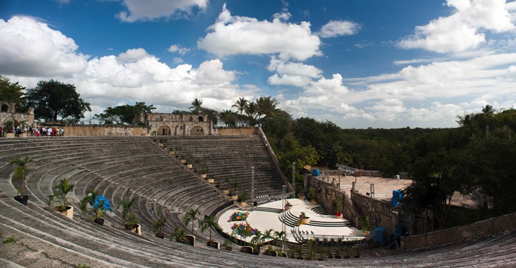 Anfiteatro enAltos de Chavón en La Romana (Wikimedia.org)