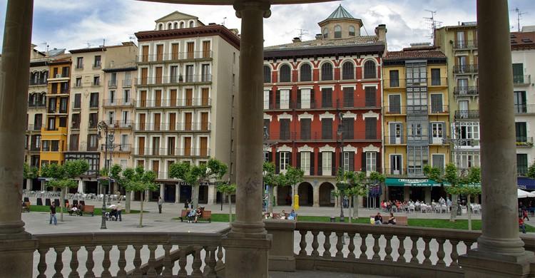 Plaza del Castillo vista desde su famoso Kiosko (Flickr)