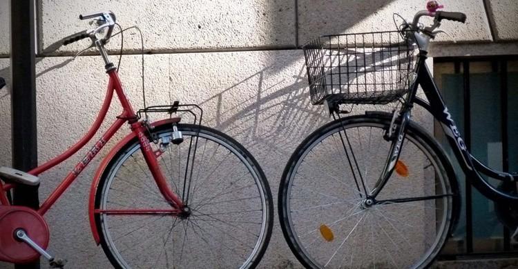 Un paseo en bici puede ser muy romántico. César (Flickr)