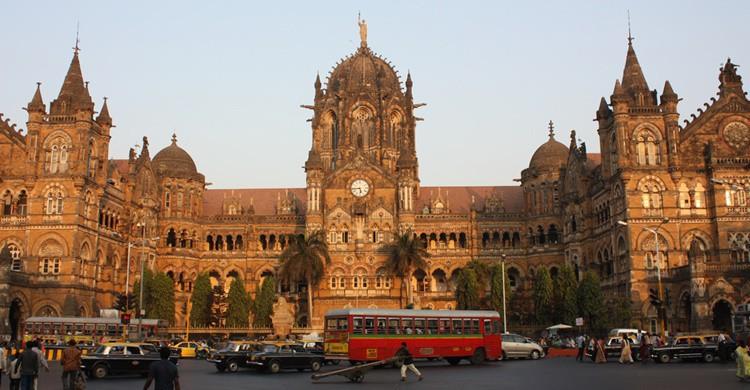Estación de Victoria en Bombai. Arian Zwegers (Flickr)