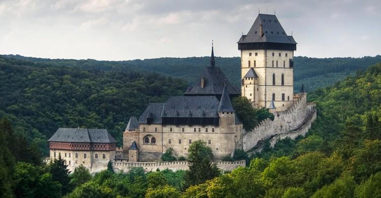 Castillo de Karlstejn (iStock)