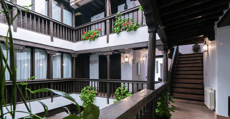 Hotel Casa de Capitel (hotelcasacapitel.com)