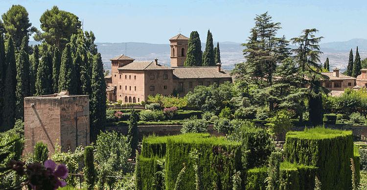 Parador de Granada (commons wikipedia)