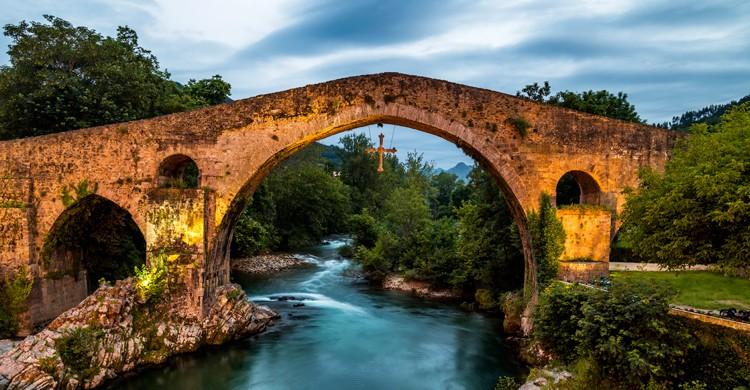 Puente Romano de Cangas de Onís (iStock)