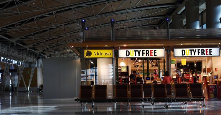 Duty free de un aeropuerto. Jennifer Woodard Maderazo (Flickr)