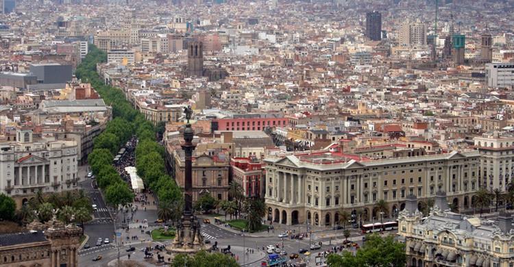 Vista de Barcelona con la plaza de Colón y las Ramblas en primer término. Bert Kaufmann (Flickr)