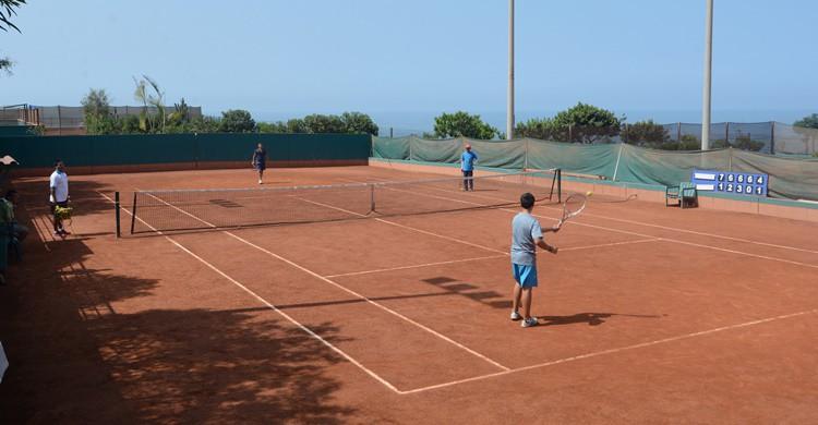 Partido de tenis. Municipalidad de Miraflores (Flickr)