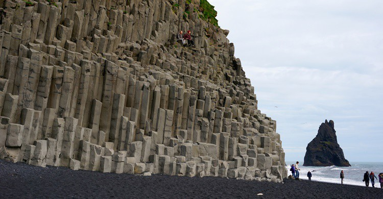 Espectacular playa de Reynisfjara. Rebecca (Flickr)