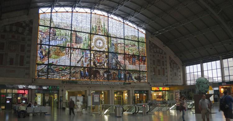 Estación de Abando con su vidriera. Jordi Payà (Flickr)