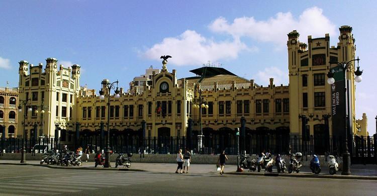 Fachada principal de la estación del Norte de Valencia. Oliver Mallich (Flickr)