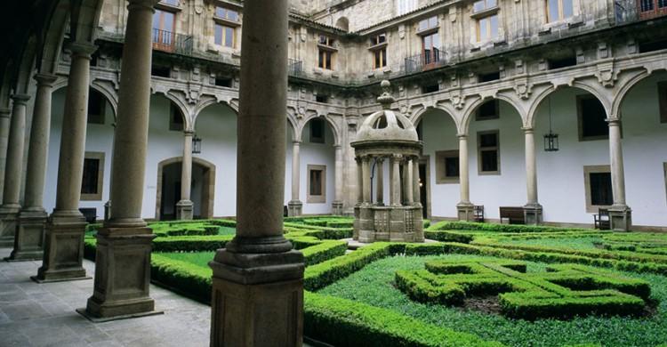 Parador de Santiago de Compostela (Web del parador)