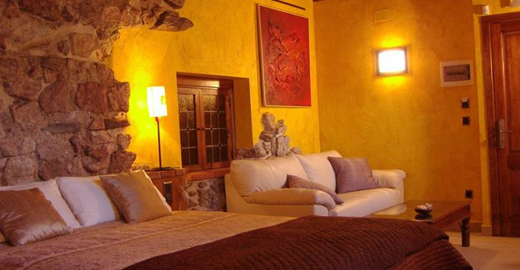 Hotel La Beltraneja, en Buitrago de Lozoya (labeltranejahotel.com)