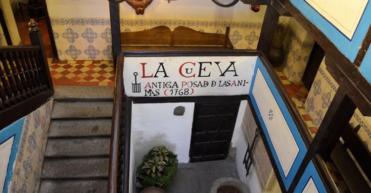 Mesón La Cueva (nurnielfa.tumbrl.com)