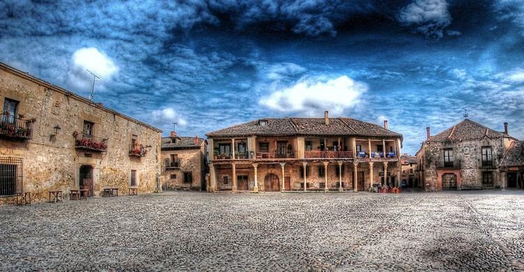 Plaza Mayor de Pedraza (Flickr)