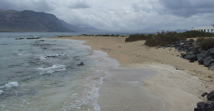 Una de las playas de La Graciosa. Mark Devine (Flickr)