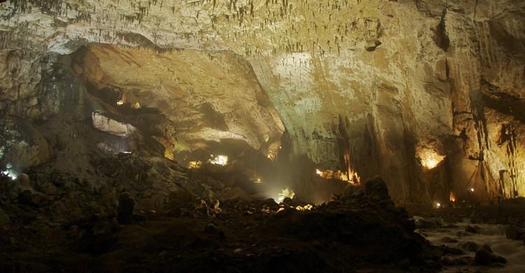 Cueva de Valporquero. (Emilio del Prado - Flickr)