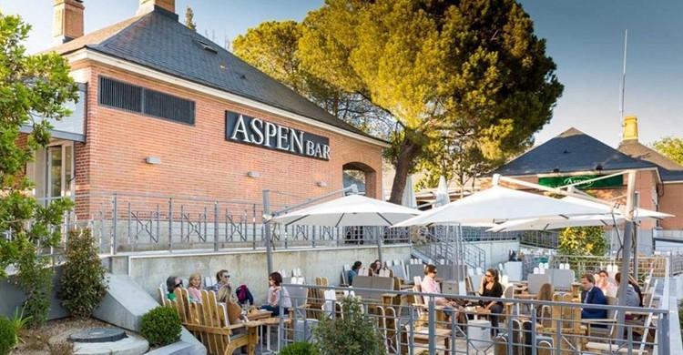 Terraza. Aspen Bar, Facebook