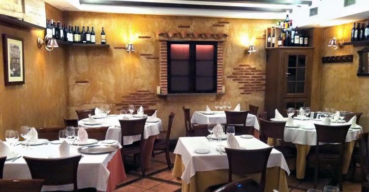Salón Casa Vallejo (hosteriacasavallejo.com).