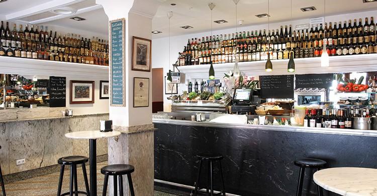 Vista de la barra. Restaurante La Castela