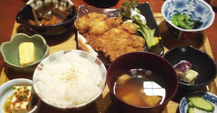 Platos japoneses (Facebook Tora)