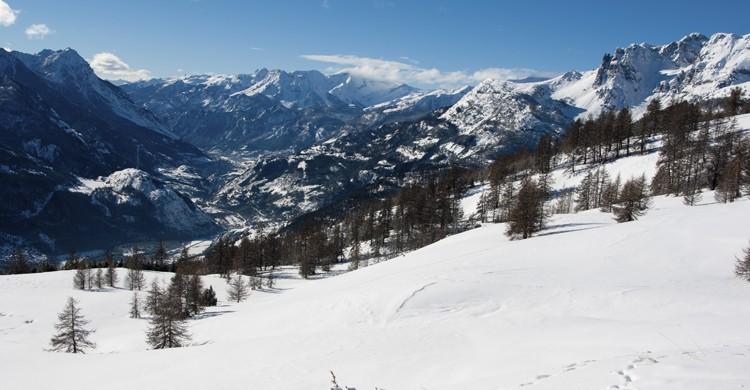 Snowy mountains (Istock)