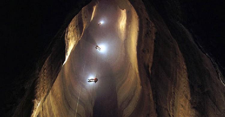 Cueva de Ellison (WRCB-TV Channel 3 /Times Free Press)