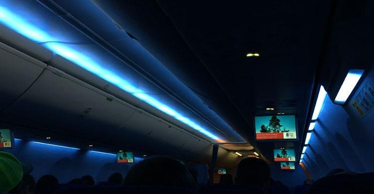 Luces apagadas durante el despegue y aterrizaje (Flickr)
