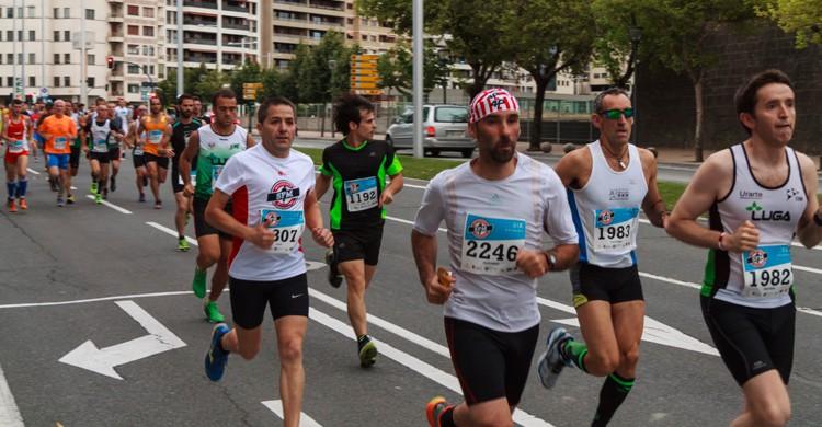 Maratón en Pamplona (iStock)