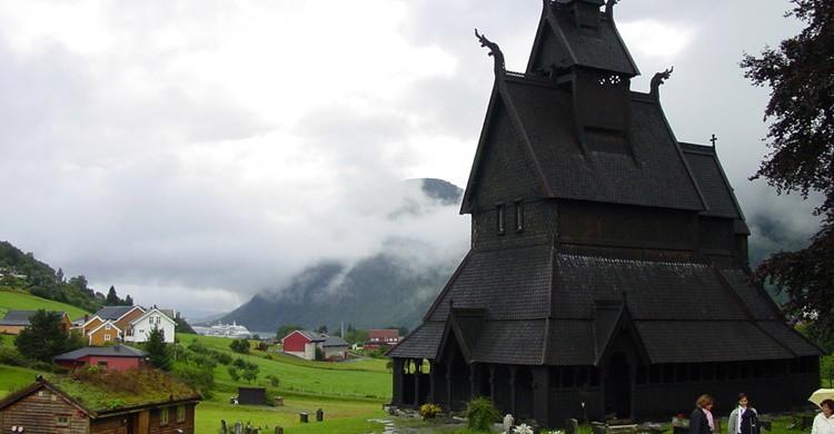 Iglesia de madera de Hopperstad. Sandra Fauconnier (Flickr)