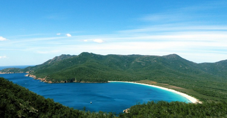 Vista de Wineglass Bay, en Tasmania. Goal Vijayaraghavan (Flickr)