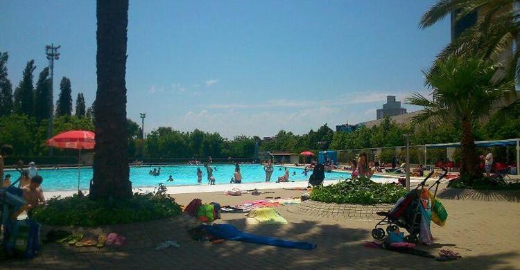 Vista de la piscina del Lago. Eurofitness Can Dragó (Facebook)