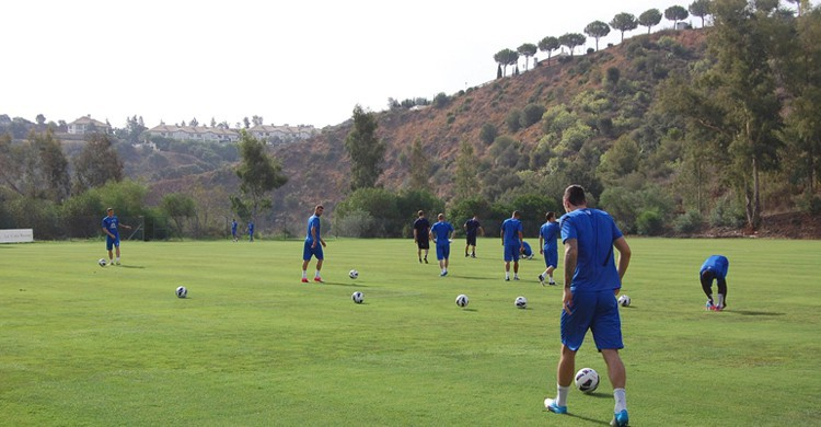 Entrenamiento del Everton F.C. La Cala Resort (Facebook)