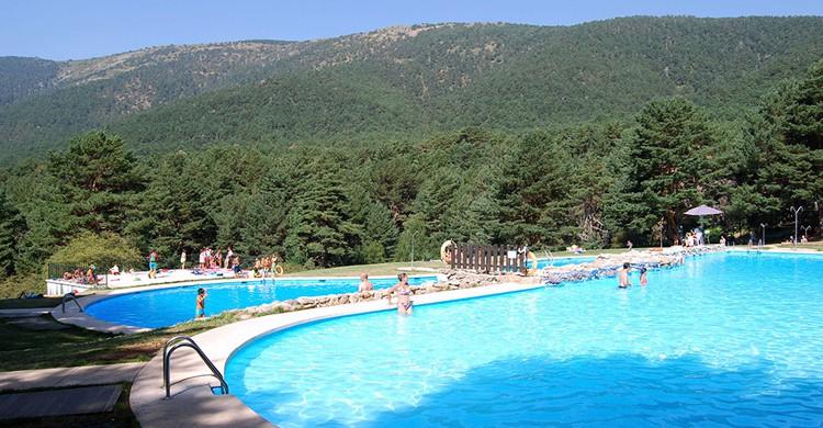 Vista de las piscinas. Las Berceas (www.cercedilla.es)