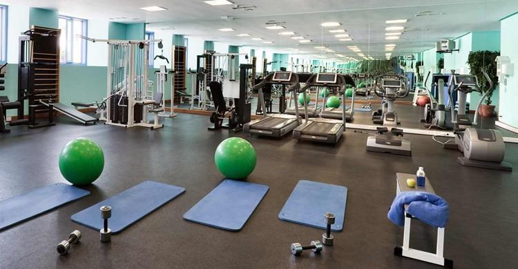 Sala fitness. Los Jameos Playa (www.los-jameos-playa.es)