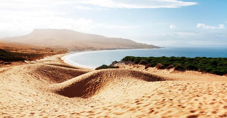 Si te gusta el surf Tarifa es tu destino. Fuente - Istock