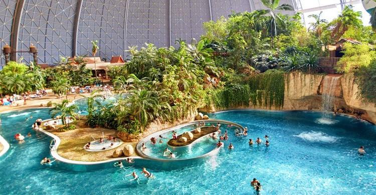 Dentro del complejo. Tropical Islands (www.tropical-islands.de)