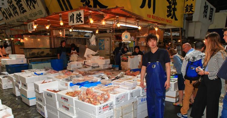 famoso mercado de pescado Tsukiji (Istock)