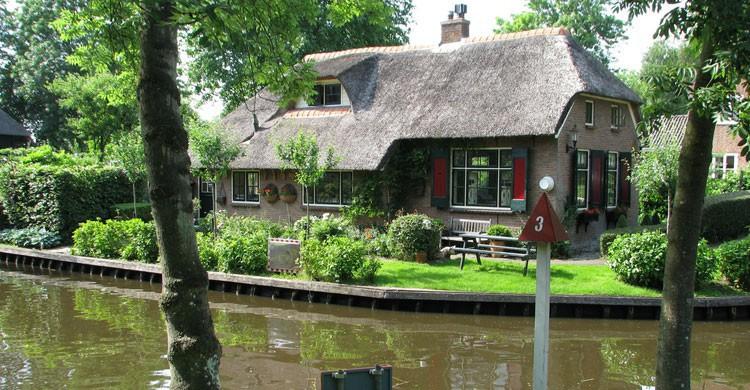 Construcciones típicas en Giethoorn (Flickr)